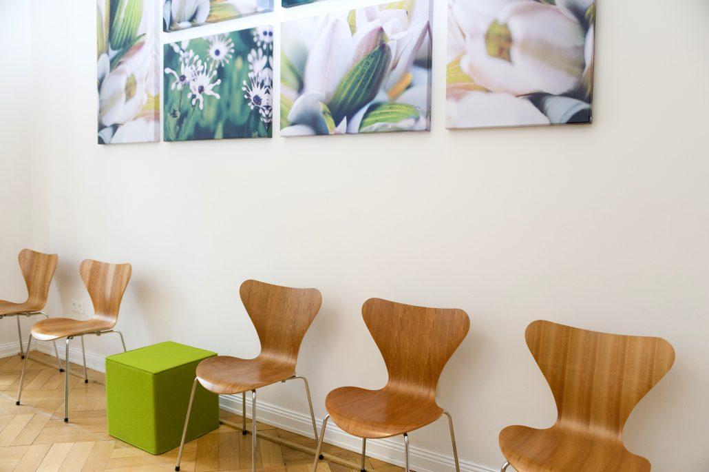 Waiting Room 1 Detail